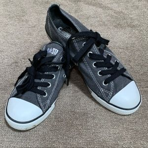 Converse Dainty Canvas Oxford Fashion Sneaker